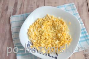 изиельчаем яйца