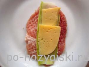 мясо с кабачками и сыром