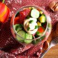 Салат с сырокопченой колбасой и огурцом