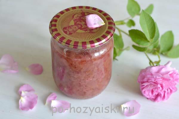 варенье из лепестков чайной розы