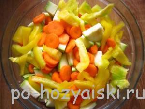 болгарский перец и морковь