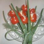 тюльпаны из помидор