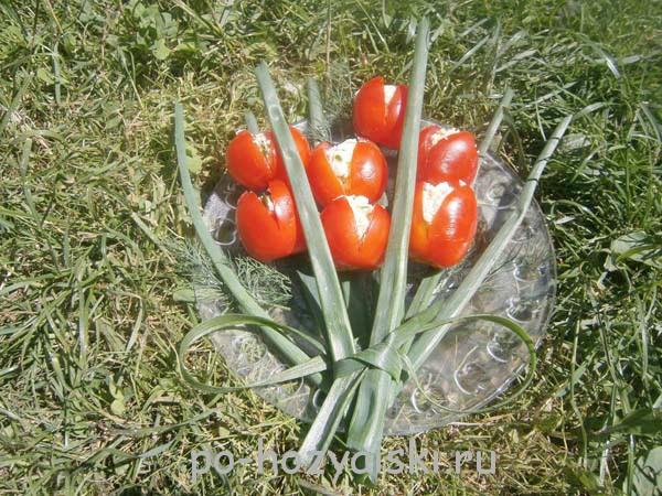 закуска тюльпаны из помидор