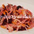 Витаминный салат из капусты и свеклы с уксусом