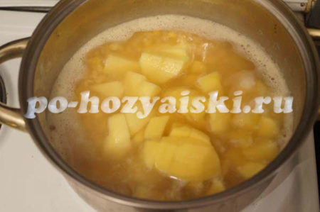 добавим картофель