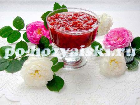 рецепт варенья из лепестков розы и клубники