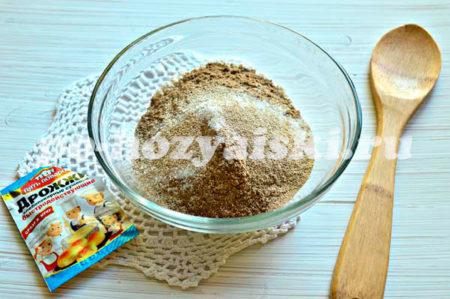 соль, сахар и дрожжи