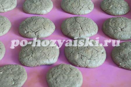 печенье с трещинками