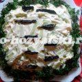 Праздничный салат Белая береза с курицей и черносливом