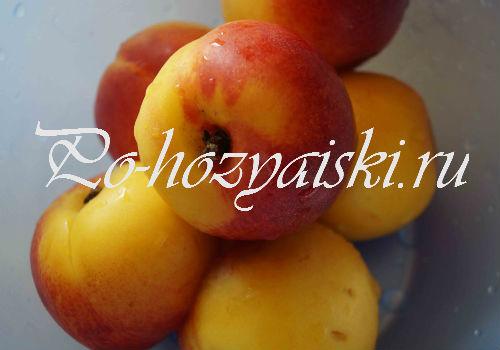 целые персики