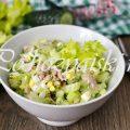 Рецепт легкого салата с печенью трески и сельдереем